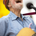 Pete Seeger 4/20/08 Beacon New York